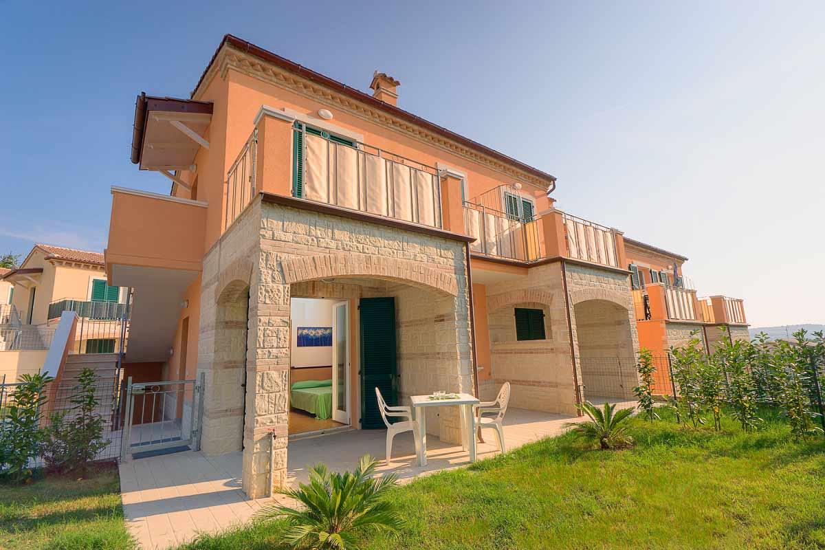Fantastico Villaggio Porto Giardino Galleria Di Giardino Idee