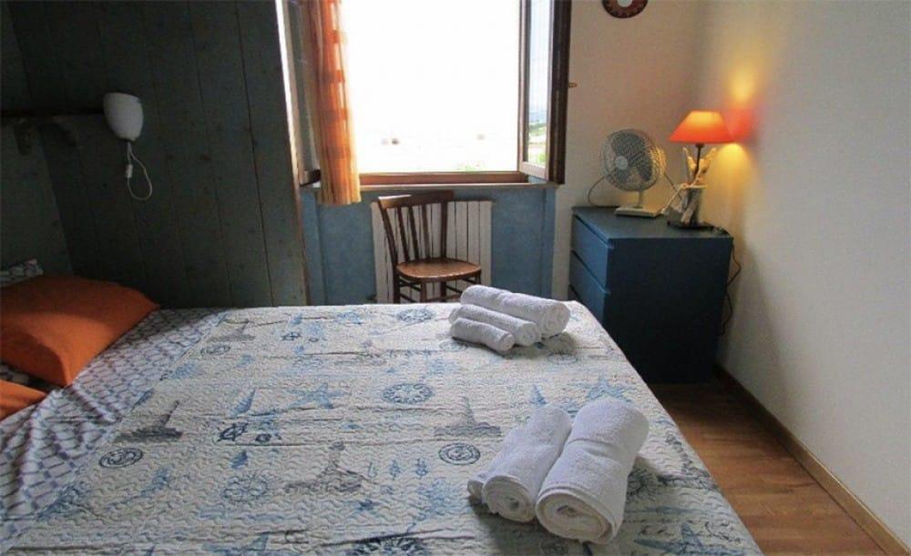 b b a casa mia. Black Bedroom Furniture Sets. Home Design Ideas