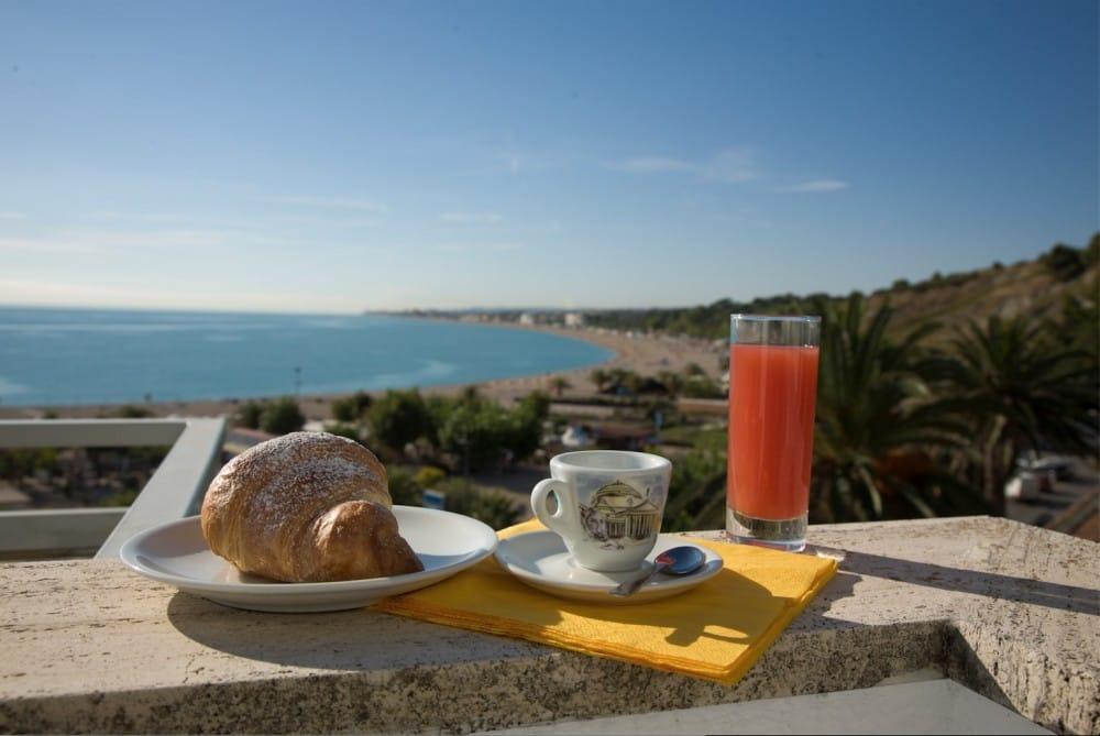 Hotel Numana Conero Hotel Sorriso Bed And Breakfast