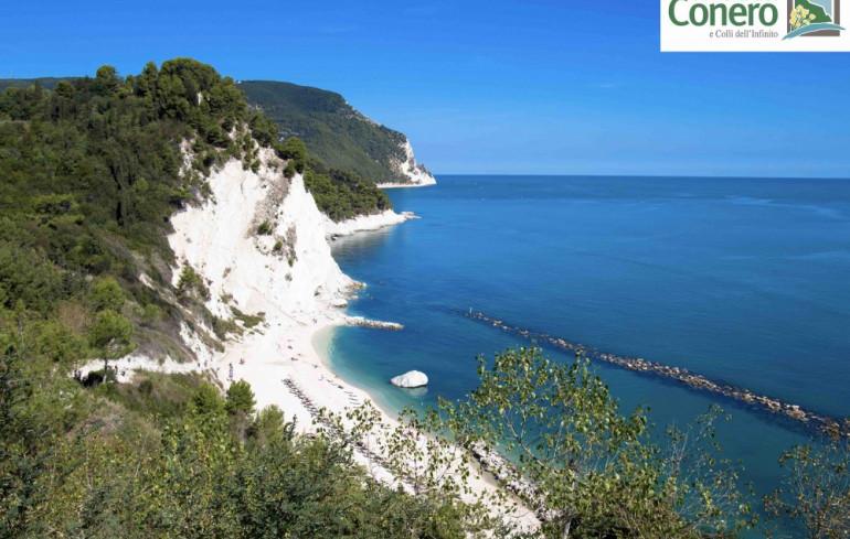 Cartina Conero Marche.Numana Nella Riviera Del Conero Marche Divertimento E Tradizione Riviera Del Conero