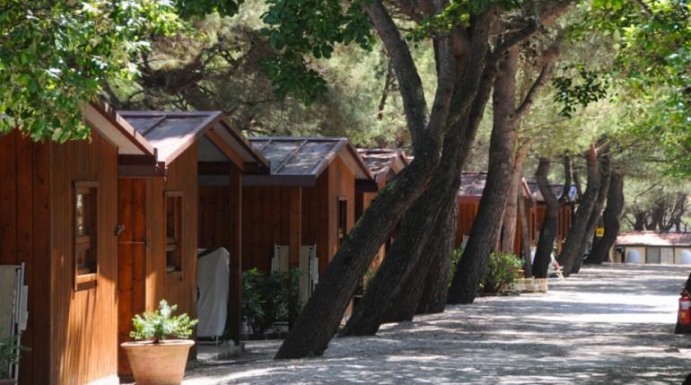 Riviera del conero nelle marche hotel conero vacanze for La spiaggiola meuble